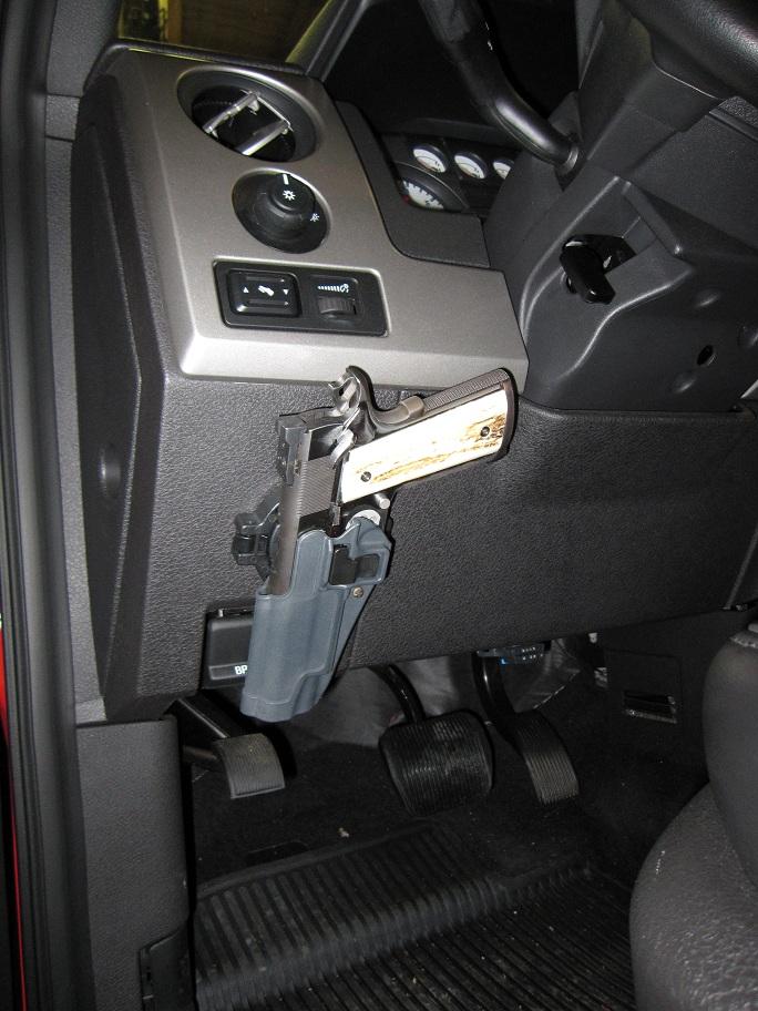 hidden pistol in car-img_1553-1-.jpg