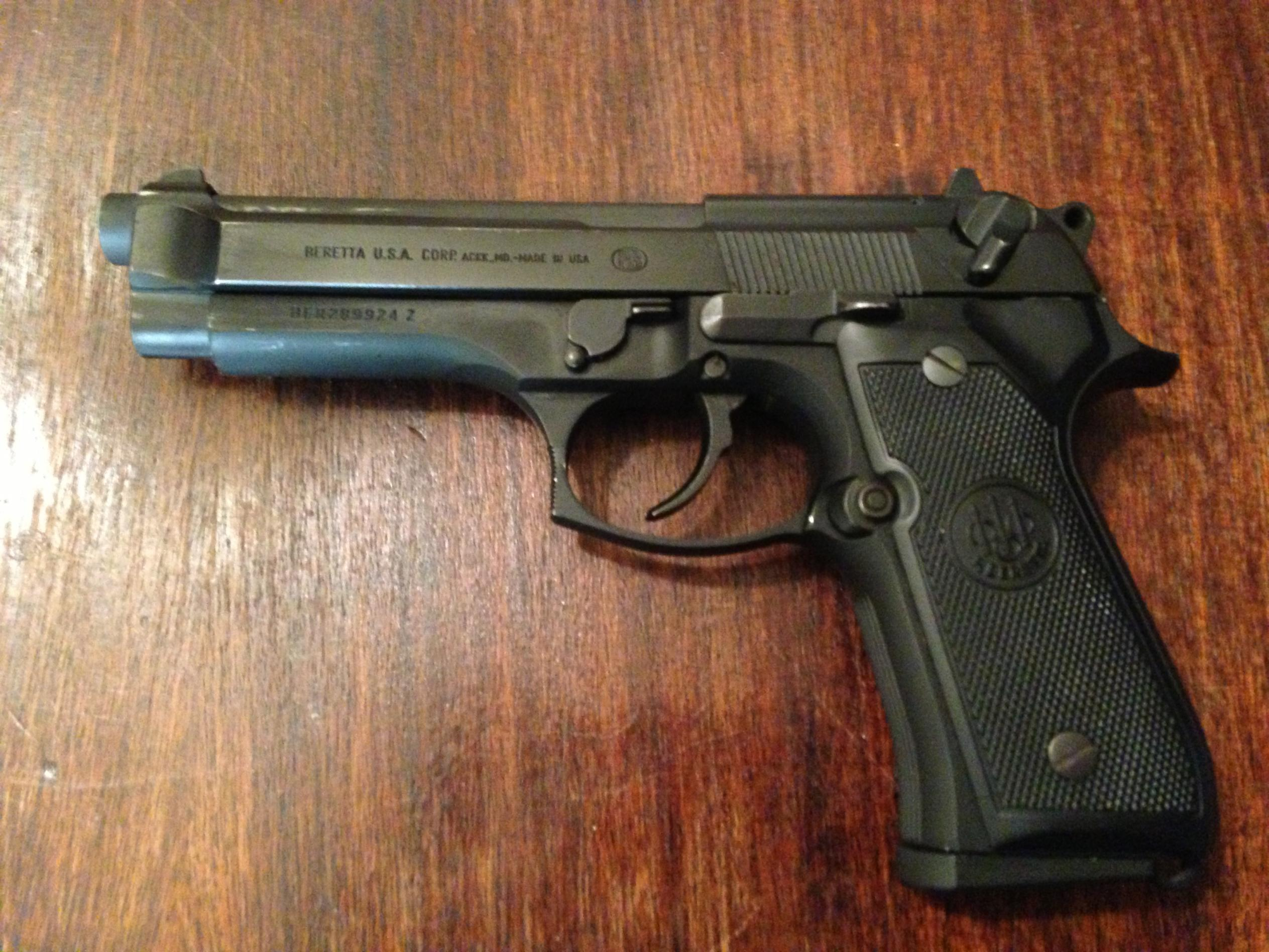 Tell me about the Beretta 92 FS-img_1772-1-.jpg