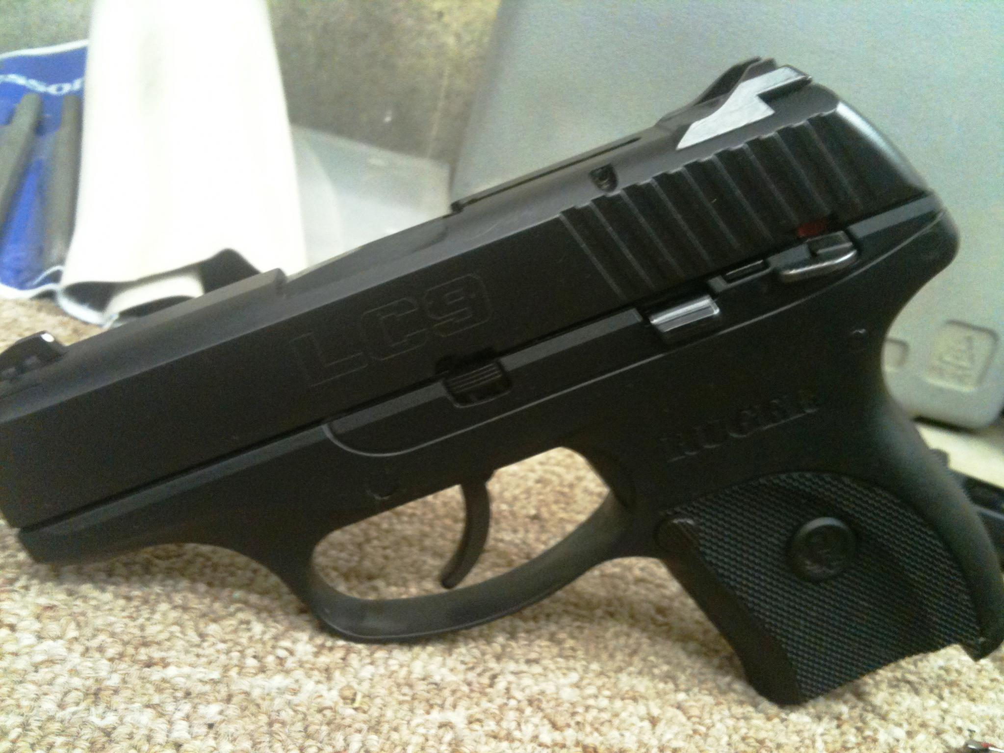 Ruger LC9: Disabling the loaded chamber indicator-img_1855.jpg