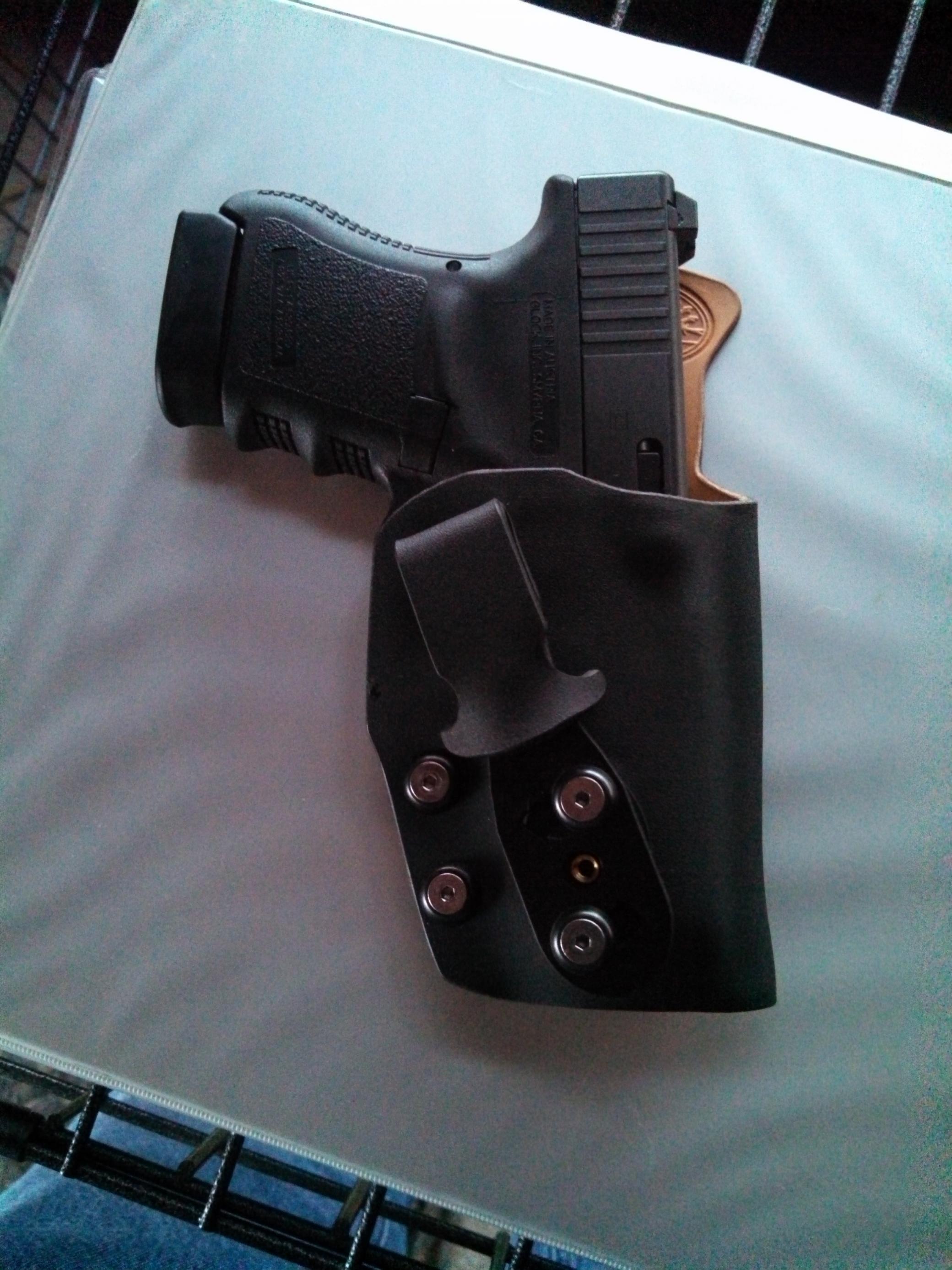 AIWB holster what is everyone using?-img_20121224_141151_620.jpg