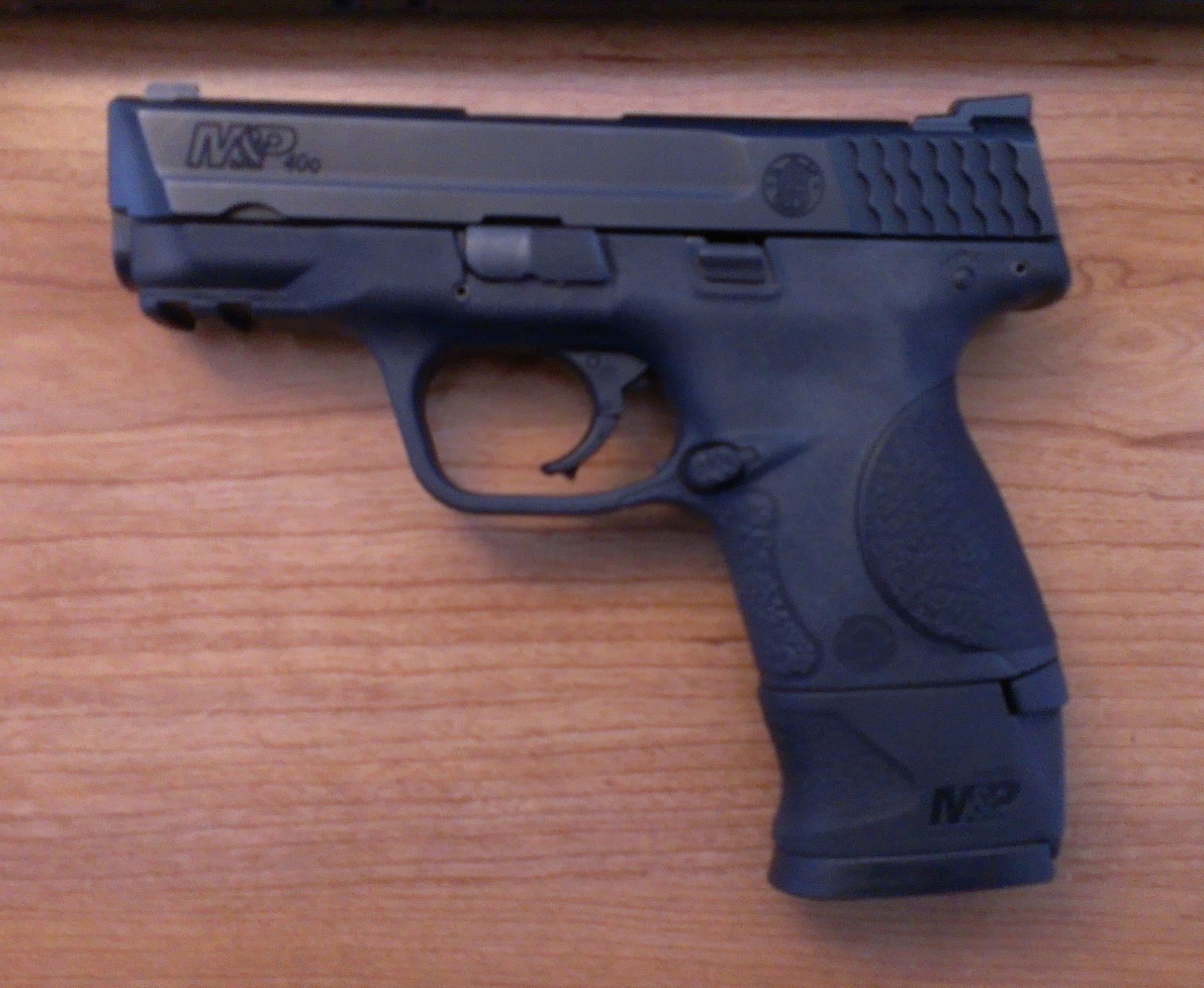Everyone else is buying guns, so did I (New M&P40c)-img_20130118_165546.jpg