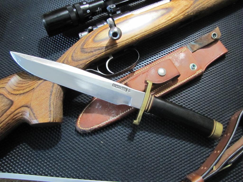 A big honkin' blade-img_2224_zpse3iemvrx.jpg