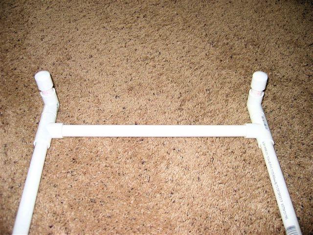Aznav's home made bedside shotgun rack!-img_2832_2.jpg