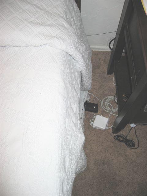 Aznav's home made bedside shotgun rack!-img_2837.jpg