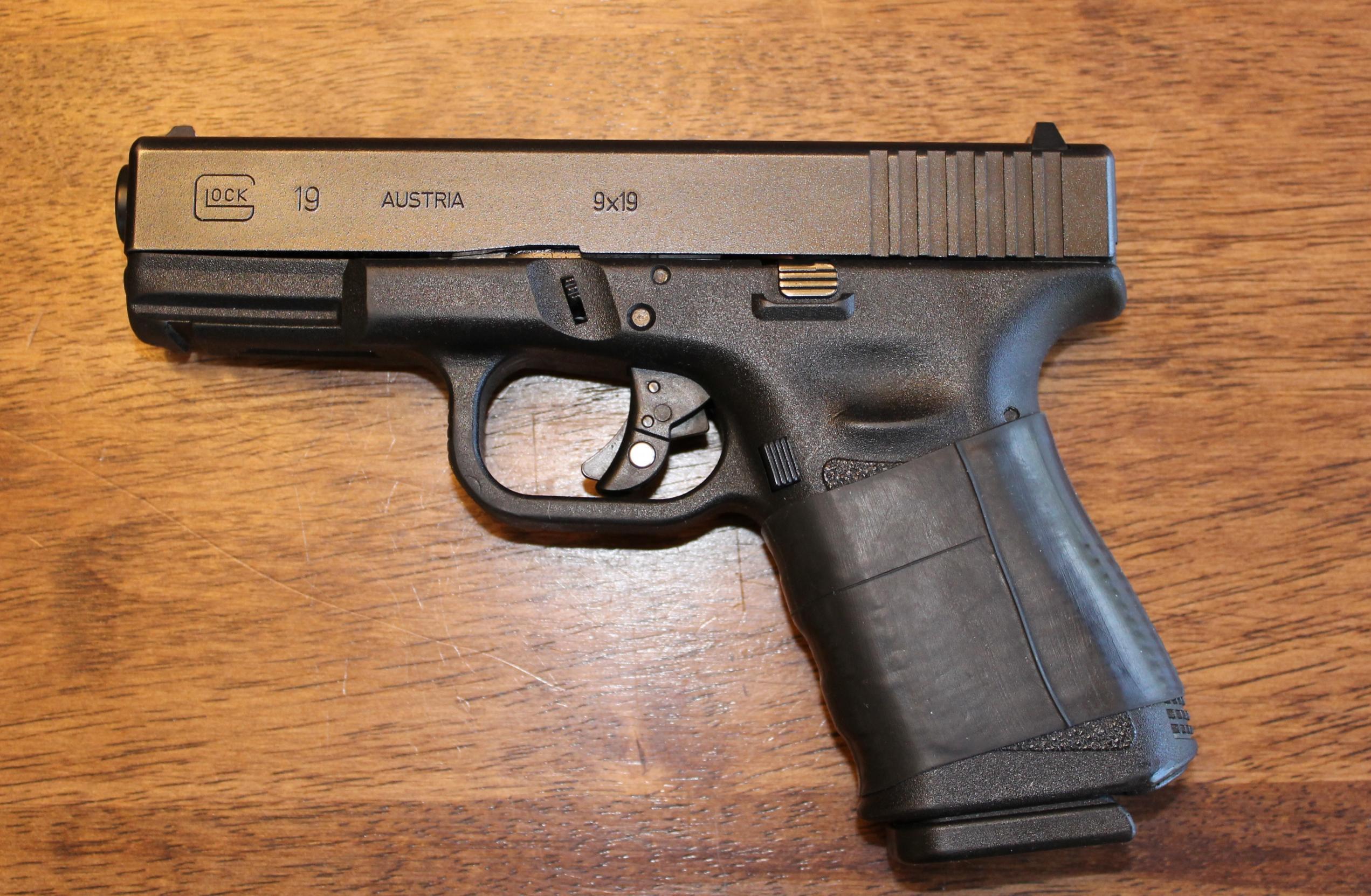Glock 19 - 17 Photos...-img_3016.jpg