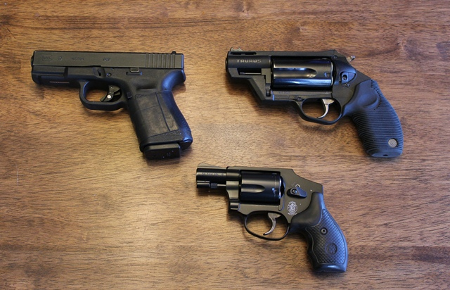 PLEASE no posts without pictures...Show members what you carry and which holster-img_3031sml.jpg