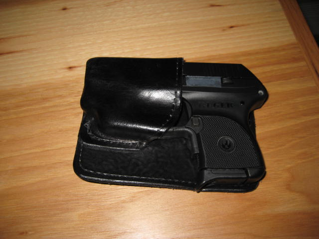 Ruger LCR owners,do you pocket carry this gun?-img_3840.jpg