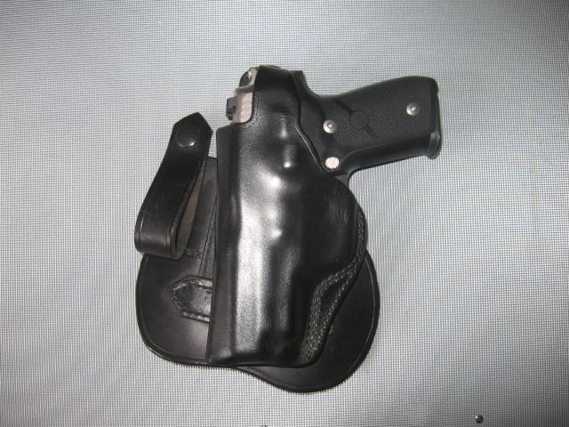 Kramer paddle holster W/Sig P228-img_4673.jpg