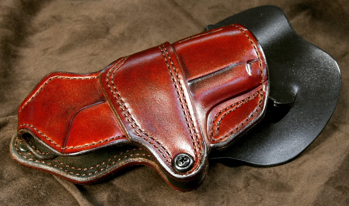 A question to custom holster makers-img_7157.jpg