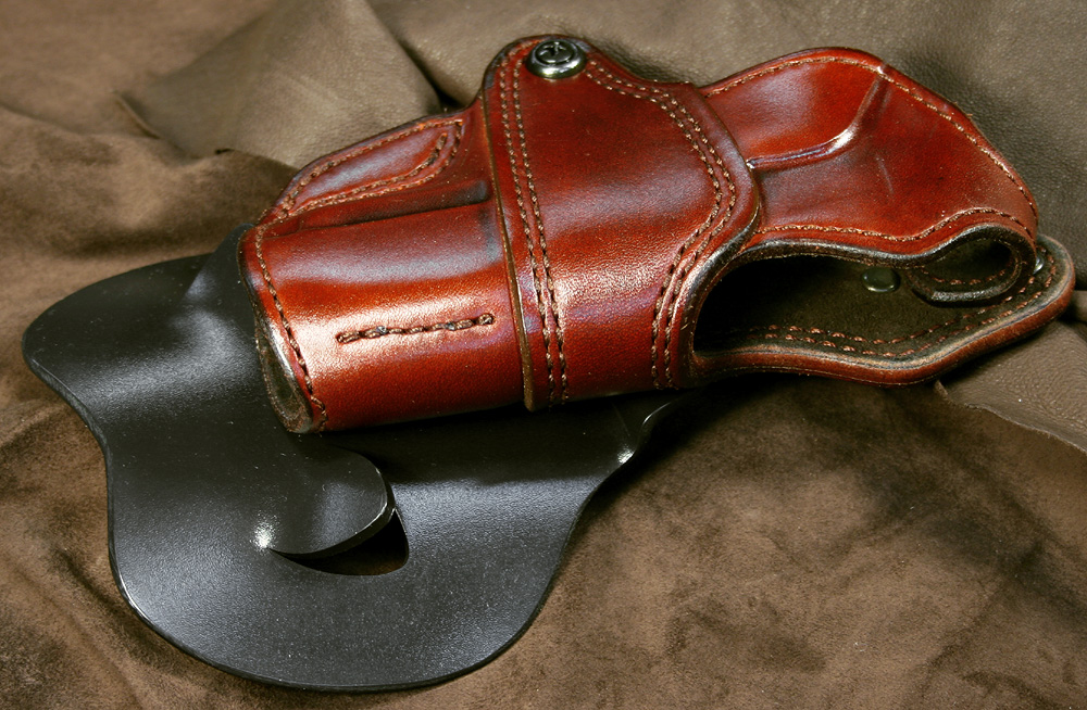 A question to custom holster makers-img_7168.jpg