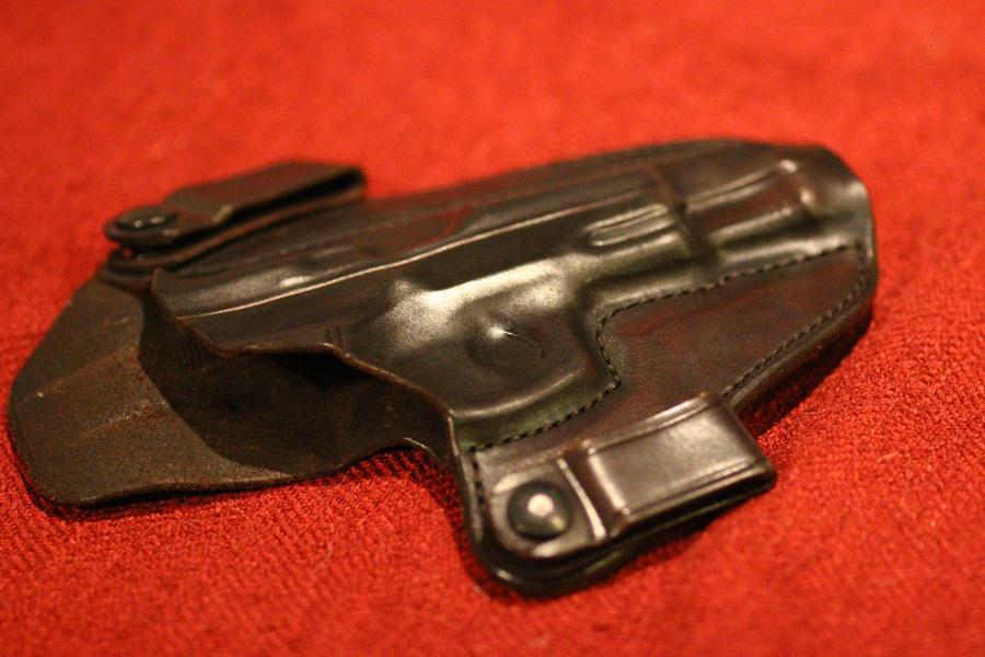 HBE Com 3 for CZ 75B, CZ 75B Mag and Lipoint Gun Light-img_9131.jpg