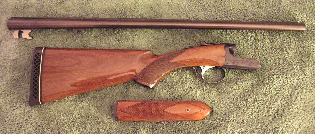 Ithaca SKB 100 20ga SxS shotgun -- new to me-ithaca-skb-100-disassembled_sm.jpg
