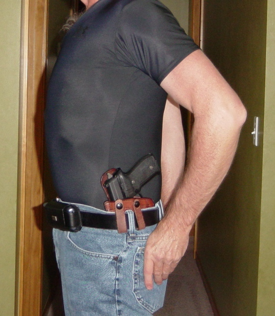 Pictorial: How You Carry Concealed-iwbccw.61.jpg