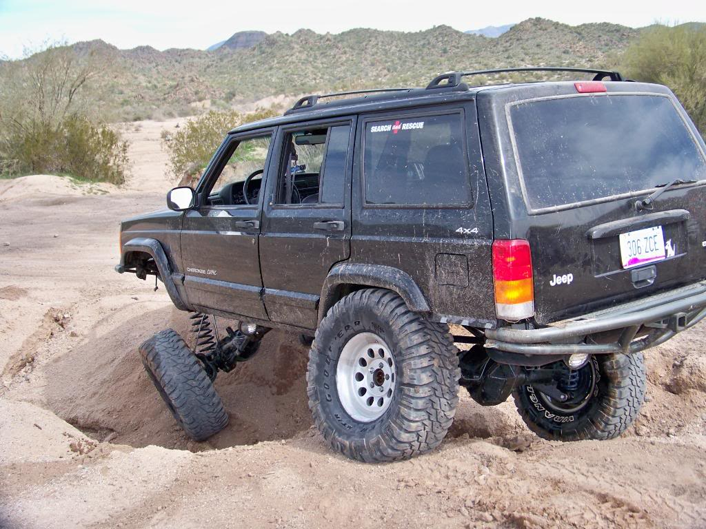 The Glock survived some serious mud Sunday-jeep1.jpg