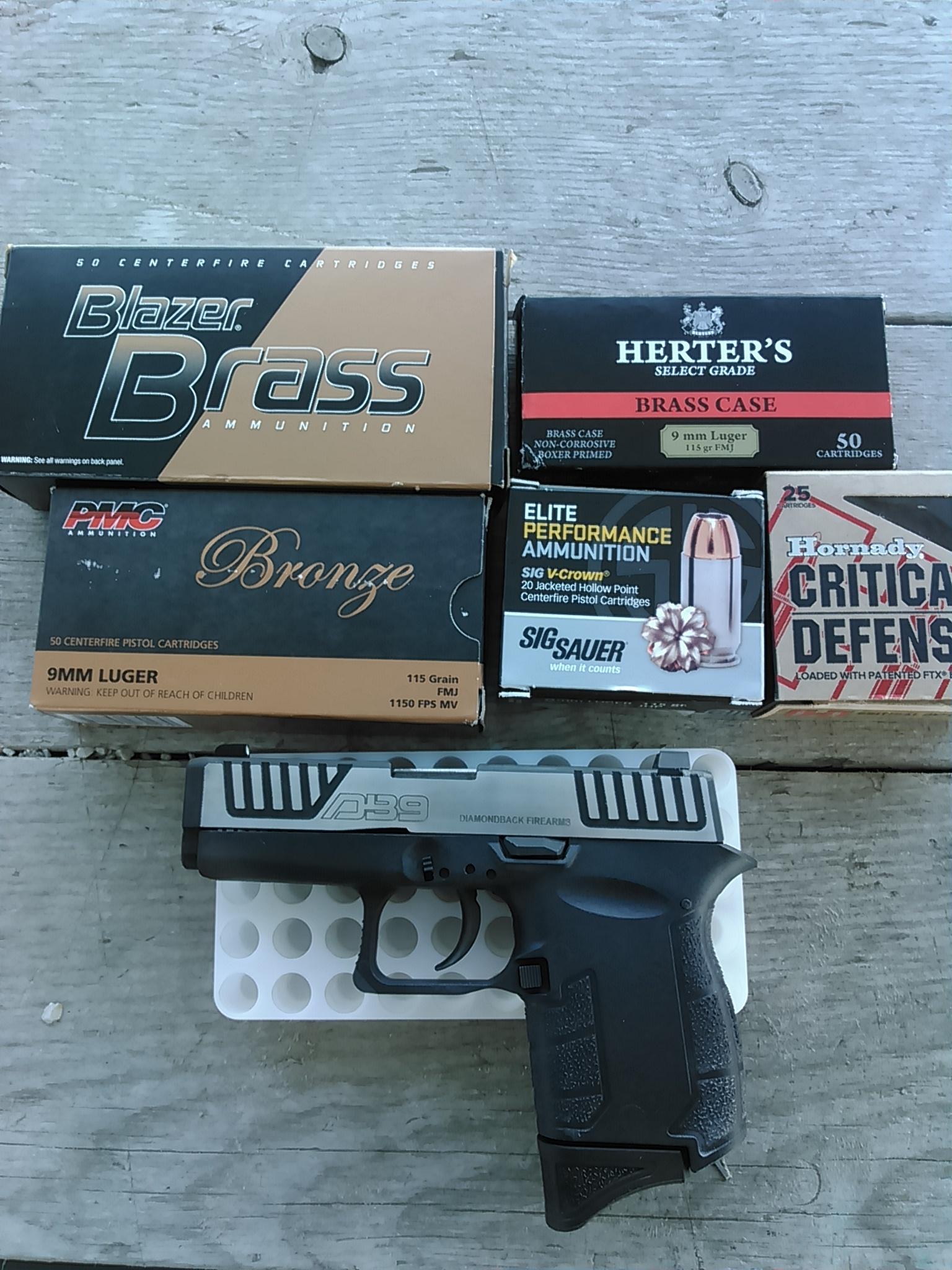 Need a lighter pistol for Sunday carry-kimg0204.jpg