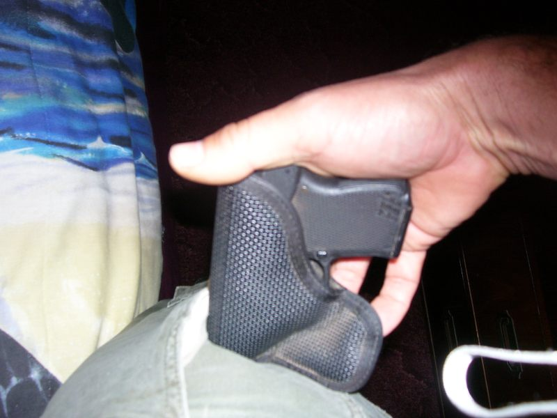 Anyone use a pocket holster with cargo pants?-kt1.jpg