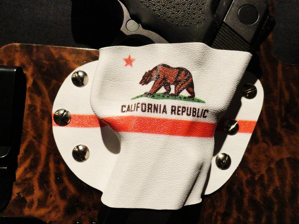 New custom holster by White Hat Hoslters in Texas-kydex-closeup.jpg