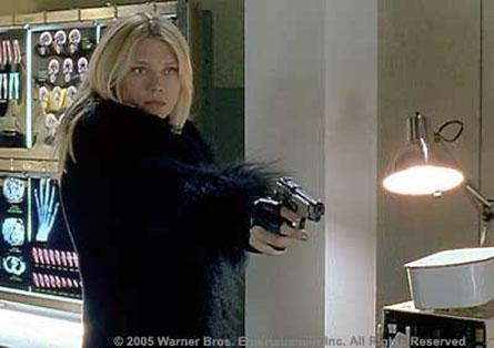 Hot TV chicks with guns-la-femme-nikita-tv-14.jpg