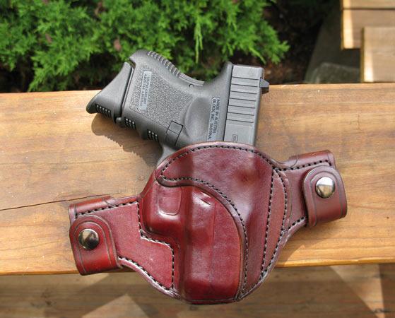 glock 27 with Levis 501-laredo-defender-glock-27.jpg