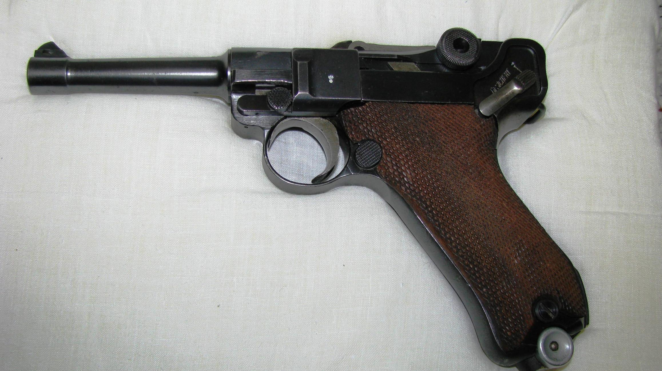 Oldest gun you own?-luger-p-08-051.jpg