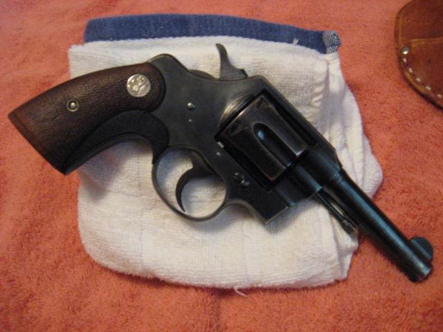 WTS: Colt officers model .38: WA-luis-grandma-024.jpg