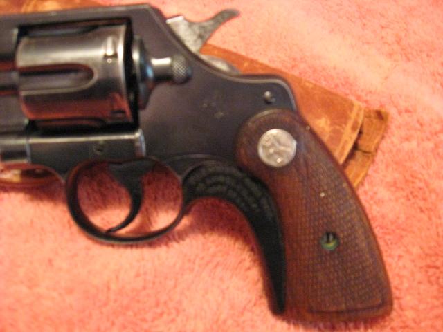 WTS: Colt officers model .38: WA-luis-grandma-027.jpg