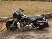 guns and bikes-m_e5b5147628d441878226742b343f9f04.jpg