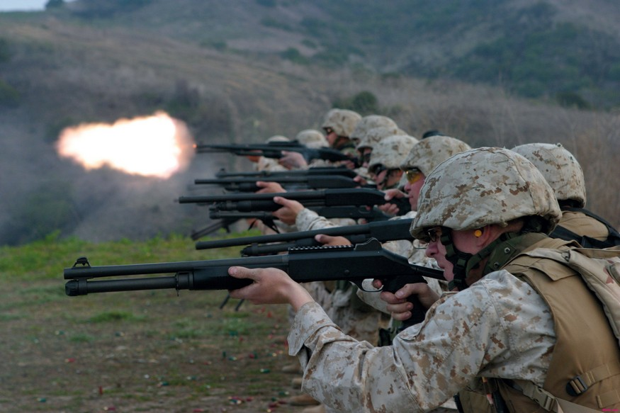 Marines firing their Benelli M4's-marineswithm4benellis.jpg
