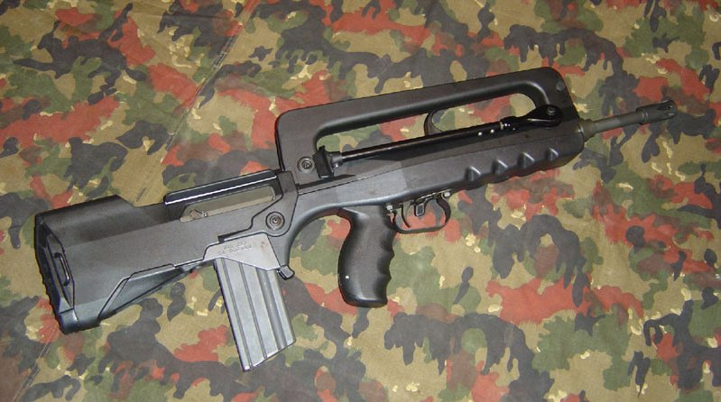 I'm a sucker for French weaponry...is there a way to get my hands on a FAMAS?-mas.223rightsidec.jpg