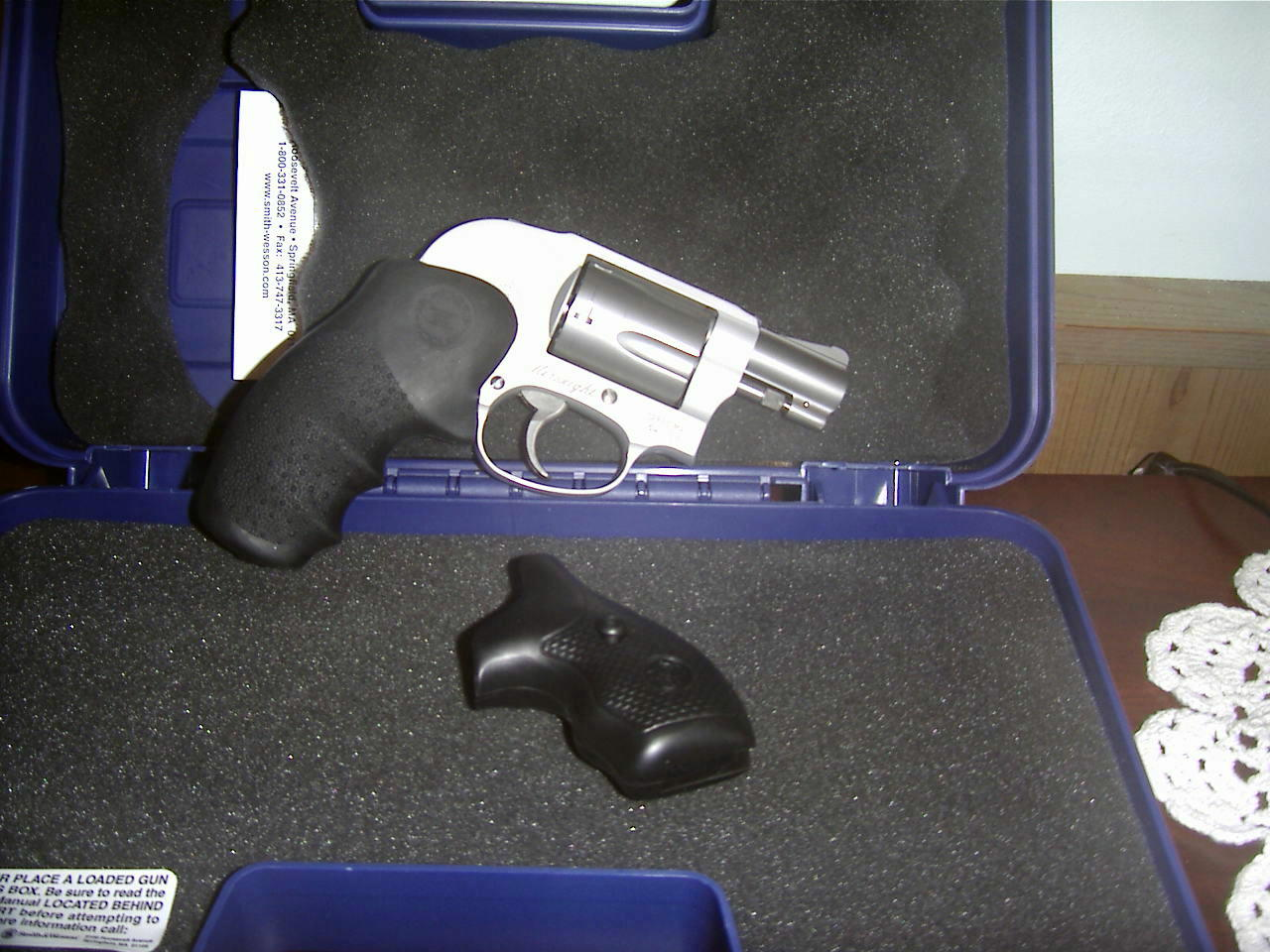 Just brought an S&W 638-3 home.-mlna0004-2-.jpg