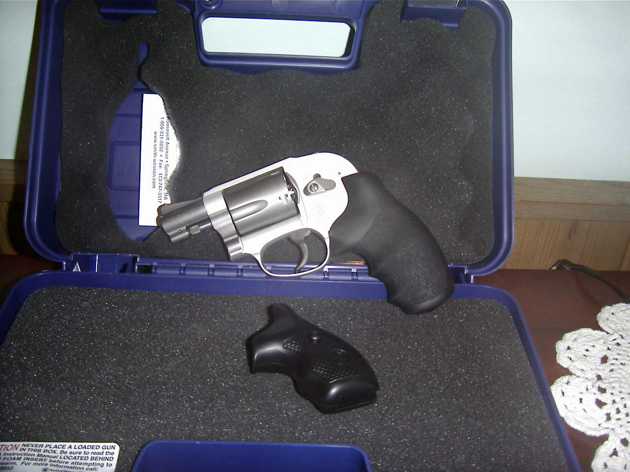Just brought an S&W 638-3 home.-mlna0005-2-.jpg