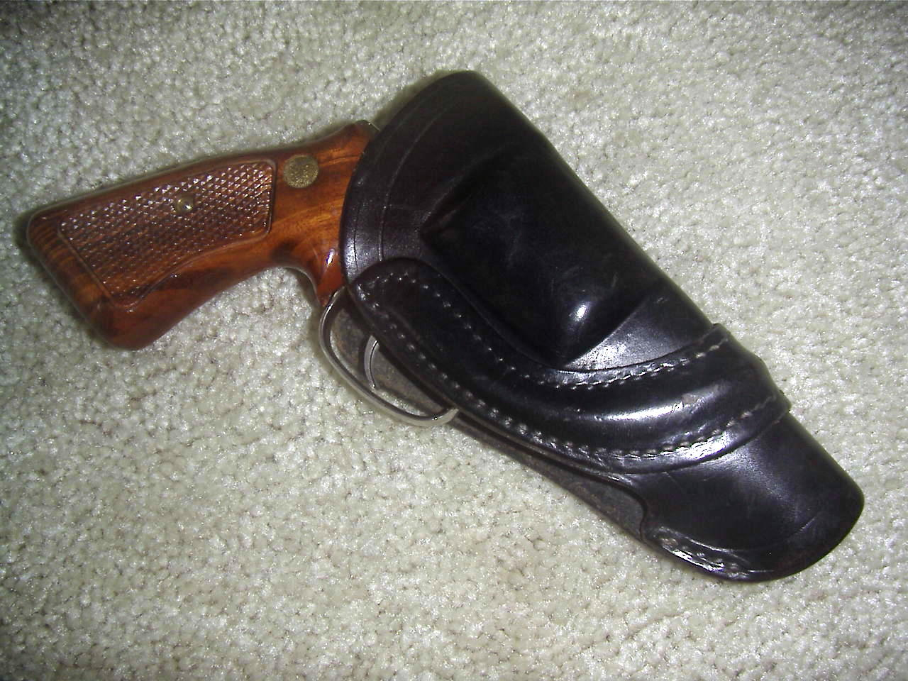 Retro look holster for S&W m36-1-mlna0013.jpg