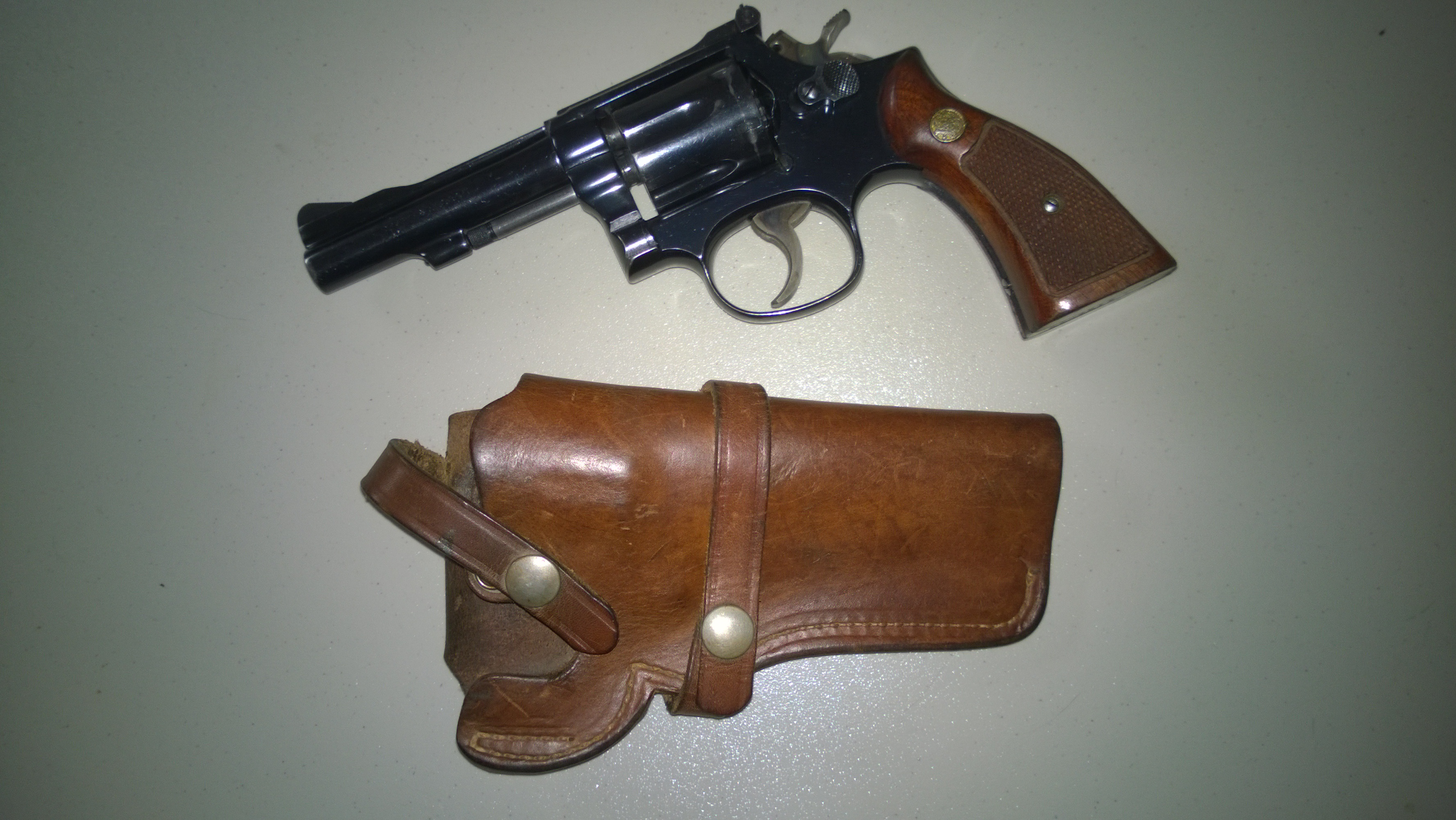 A good solid list of holsters to avoid.-model-15.jpg