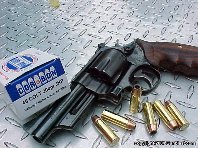 Celebrity carry guns (just for fun)...-model-25.jpg