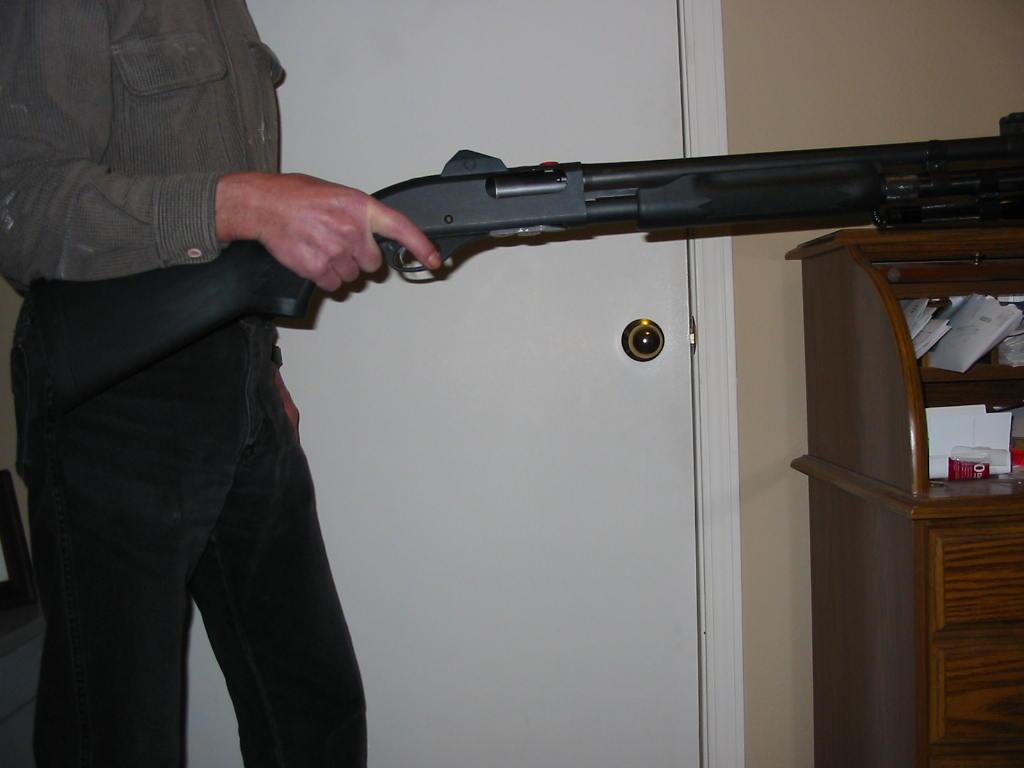 Some tips for New Shotgun Guru-onehand.jpg