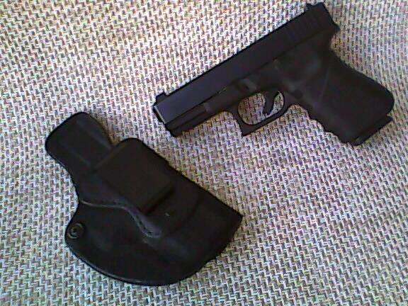 High Noon holster....-p04100419.jpg