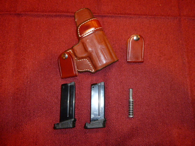 WTS Walther PPS Holster, Mags and Spring Assembly (In SE PA)-p1000914.jpg