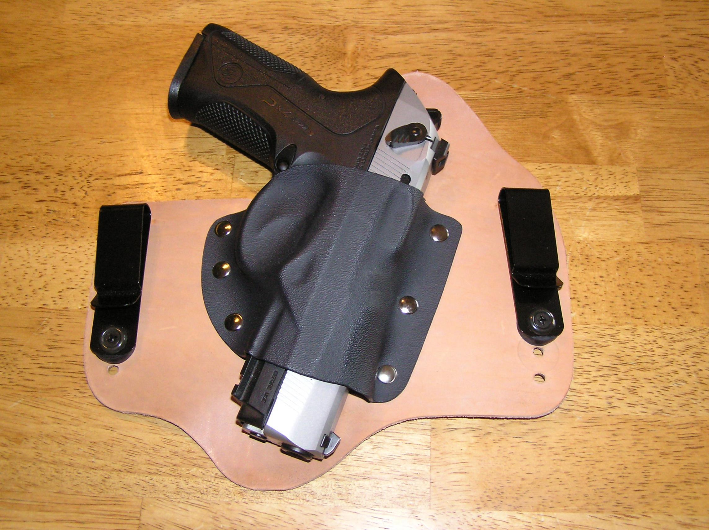 Should CrossBreed Holsters offer plain clips?-p1010330.jpg