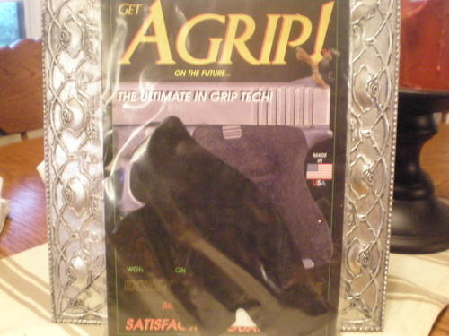 WTS: Agrip + Pearce Grip ext. for Kahr PM or MK (OK)-p4280556.jpg
