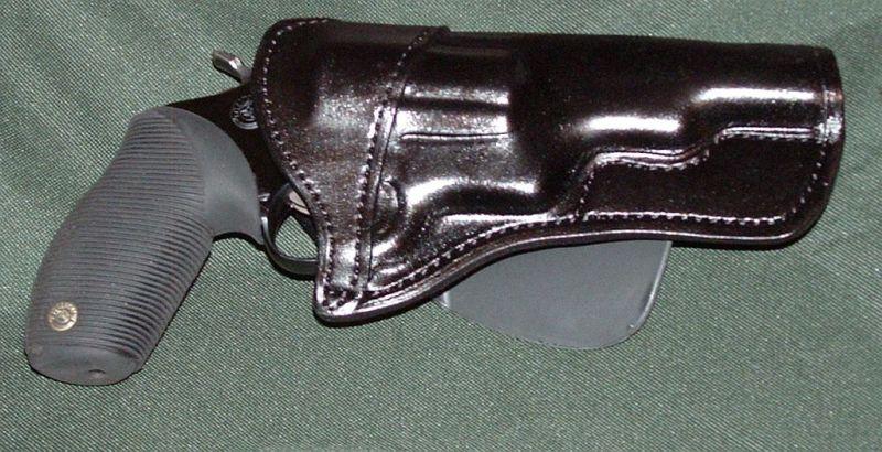 Taurus Judge shoulder or chest holster?-paddle-3.jpg