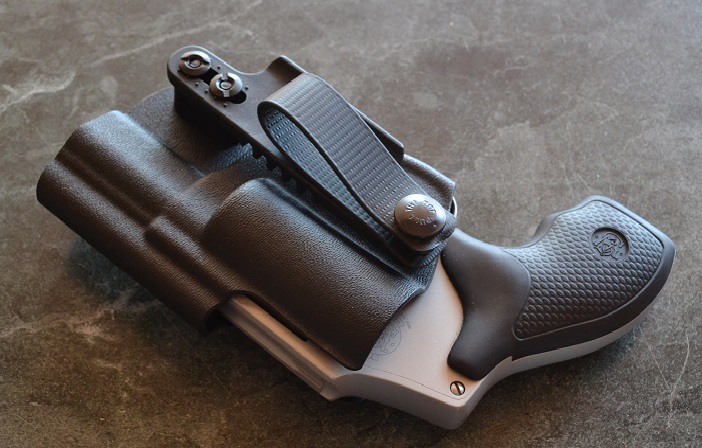 A good solid list of holsters to avoid.-phlster-2.jpg