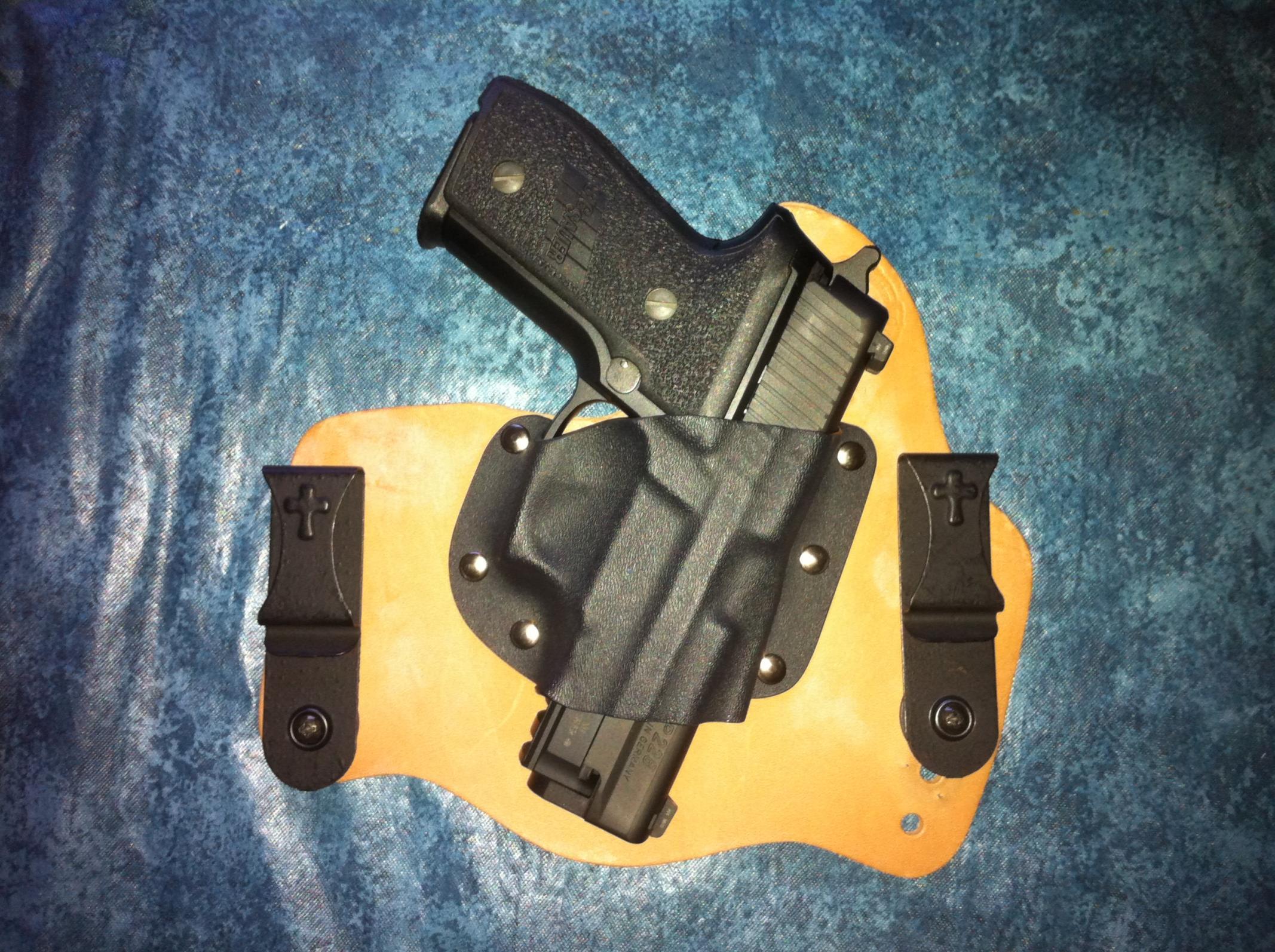Supertuck pics with guns in.-photo-1.jpg