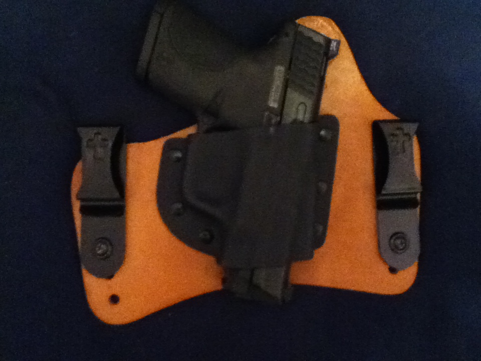 CROSSBREED SUPERTUCK for M&P 9mm Compact-photo-1.jpg