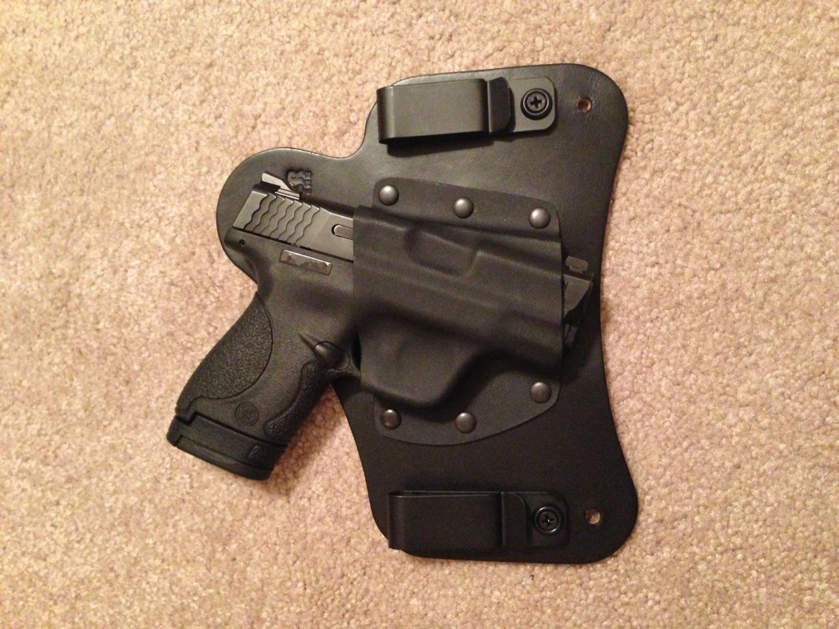 My Vedder Holsters Comforttuck review for my Shield 9mm