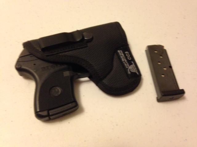 DTOM IWB/Pocket holster review-photo-1.jpg