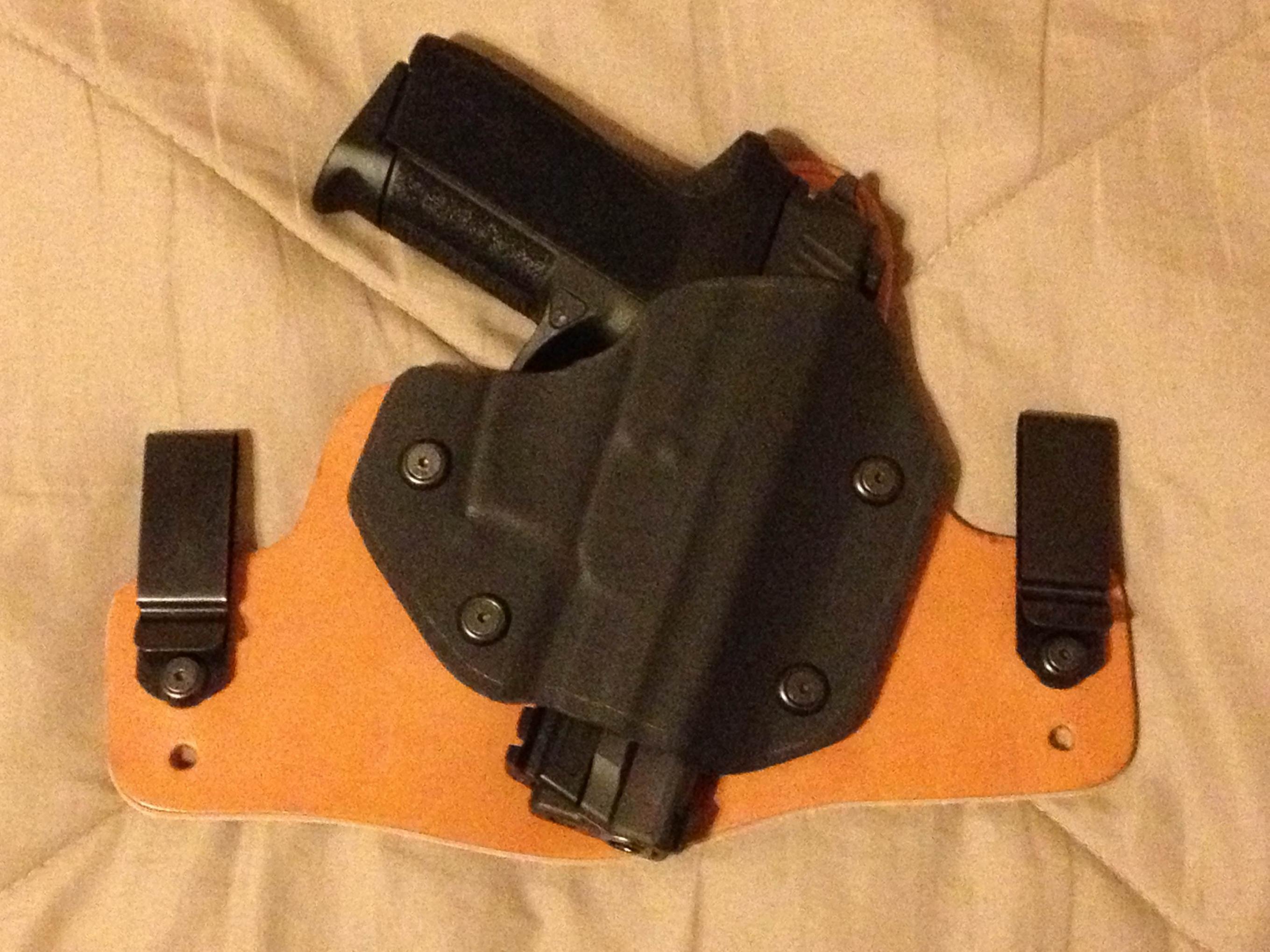 Old Faithful holsters?-photo-2-.jpg