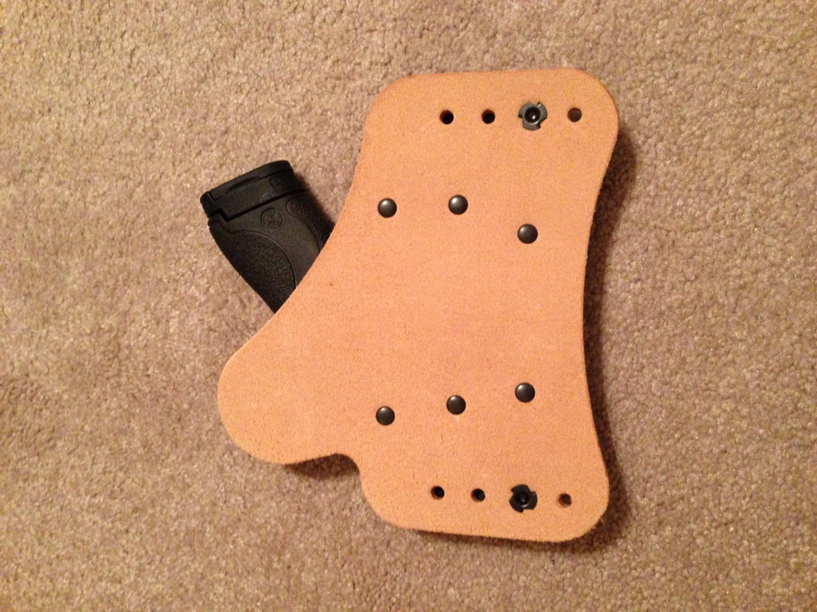 My Vedder Holsters Comforttuck review for my Shield 9mm-photo-2.jpg