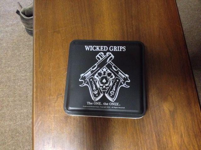 FS: Wicked Grips for Beretta 92FS-photo-3.jpg