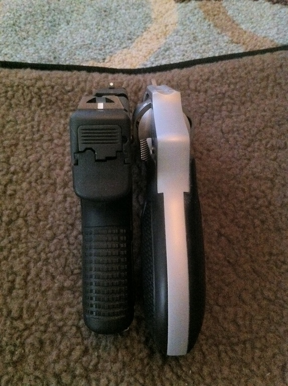 M&P9c vs 642 vs PM9-photo-4.jpg