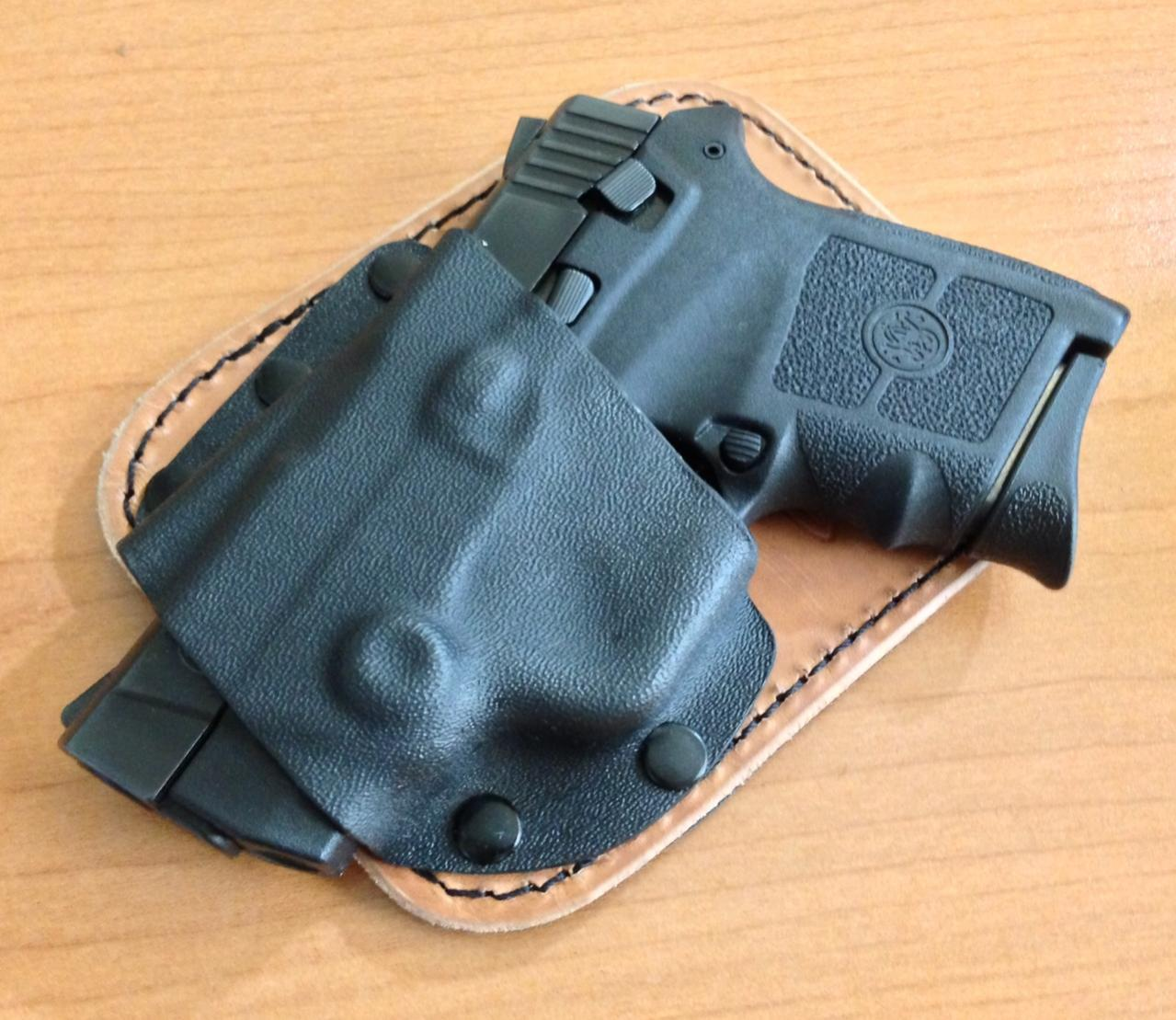 Quick Review: Crossbreed Holsters Pocket Rocket